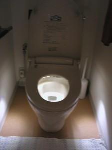 明り不要のトイレ