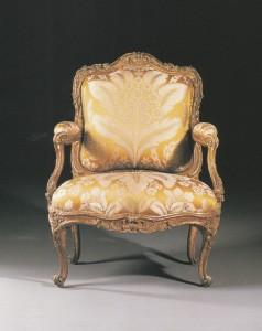 写真4.4ルイ15世様式王妃の椅子のコピー